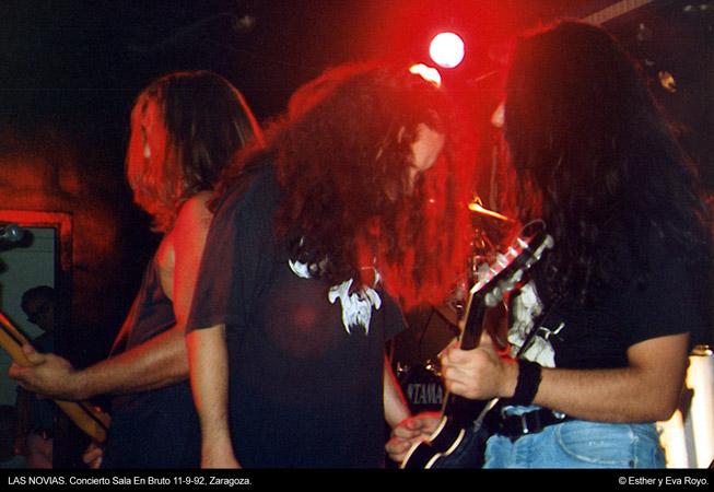 Las Novias - En Bruto, Zaragoza, 11-09-92 © Esther y Eva Royo
