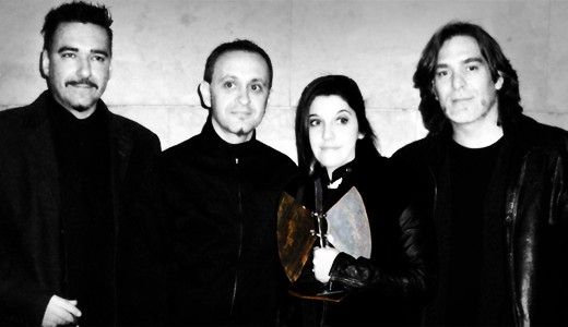Las Novias recogiendo el premio a Mejor Página Web 2007