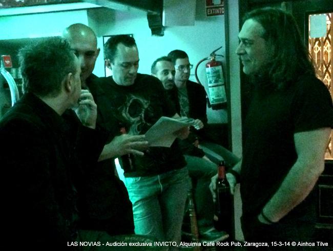 Audición exclusiva 'Invicto', Alquimia Café Rock Pub, Zaragoza, 15-3-14 © Ainhoa Tilve